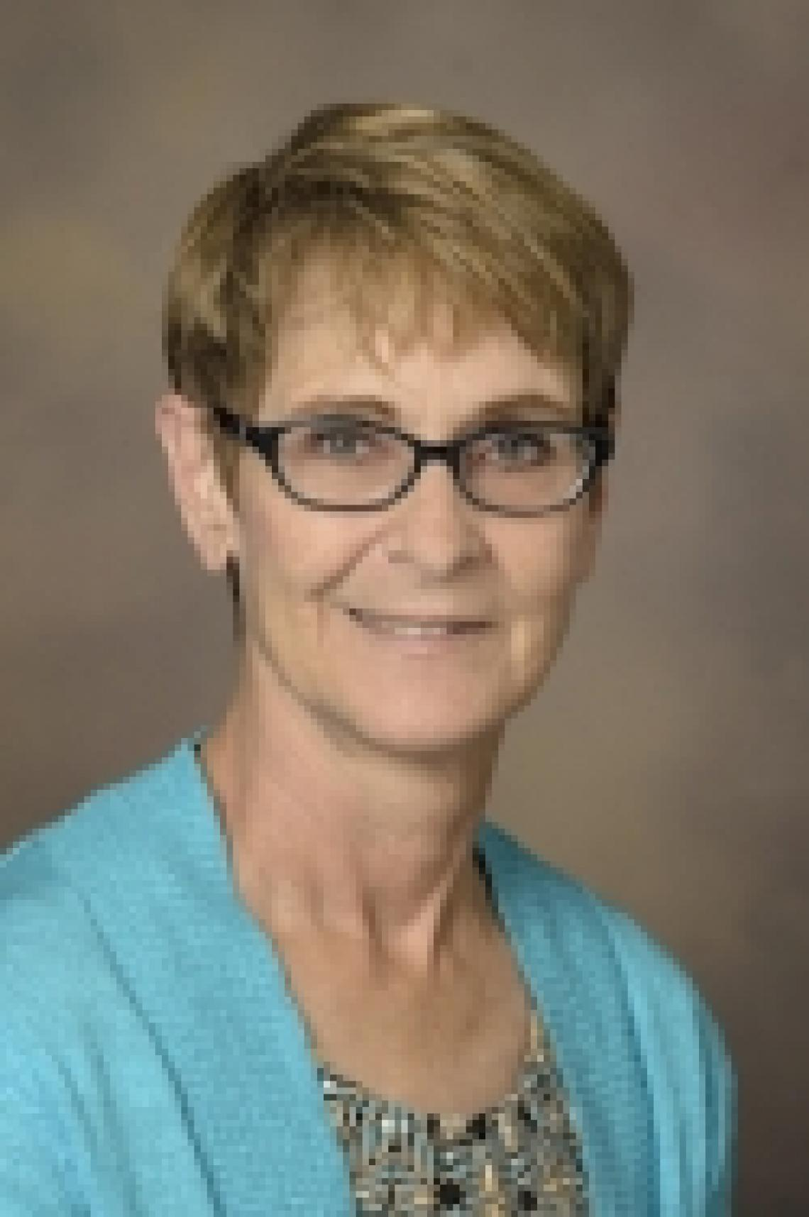 Dee Quinn, MS, CGC